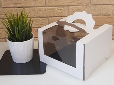 Картонная упаковка 210*210*140 мм с панорамным «окном»