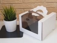 Картонная упаковка 230*230*140 мм с панорамным «окном»